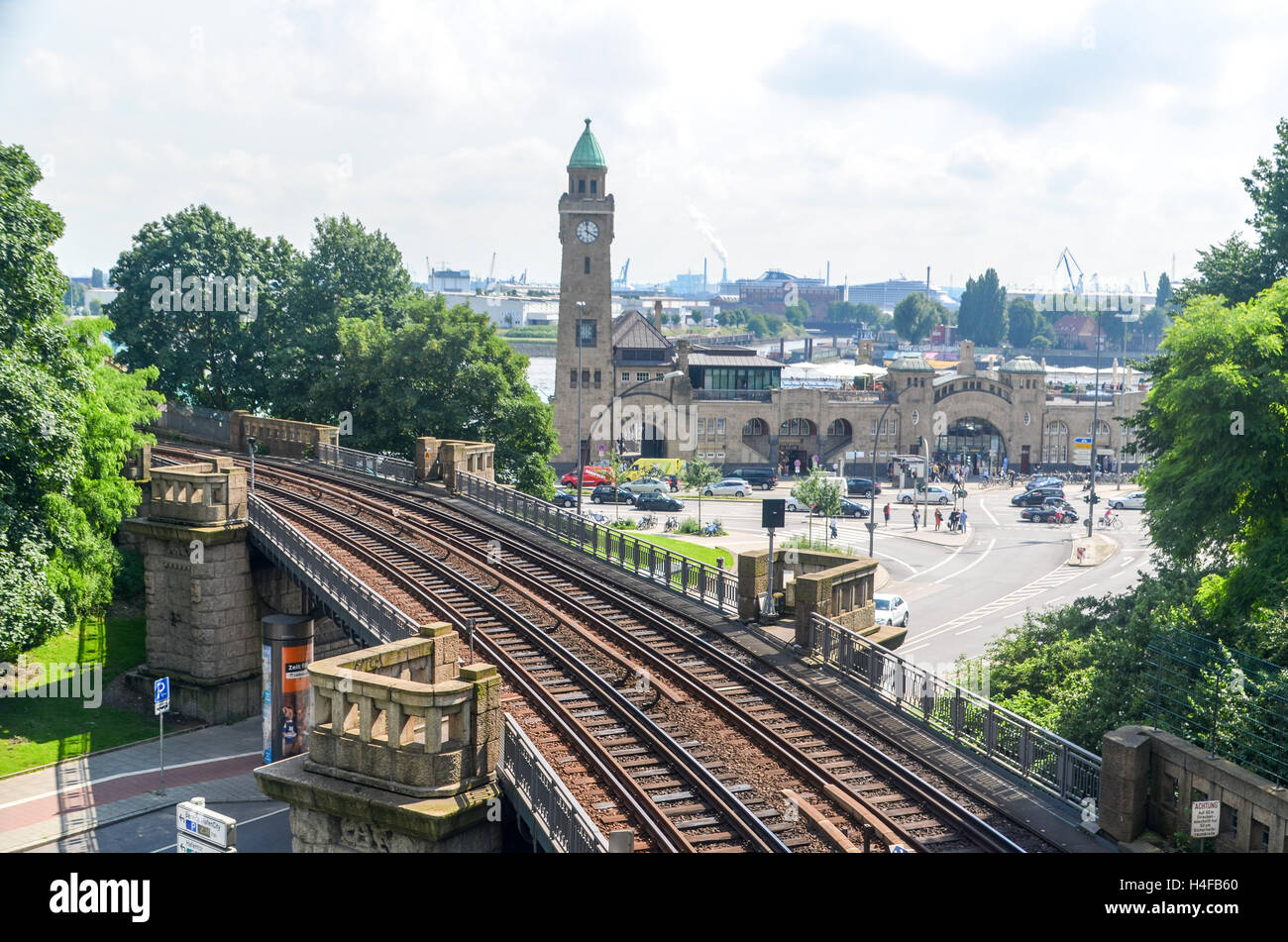 Mobility in Germany: Road, railway and pier of Landungsbrücken in Hamburg - Stock Image