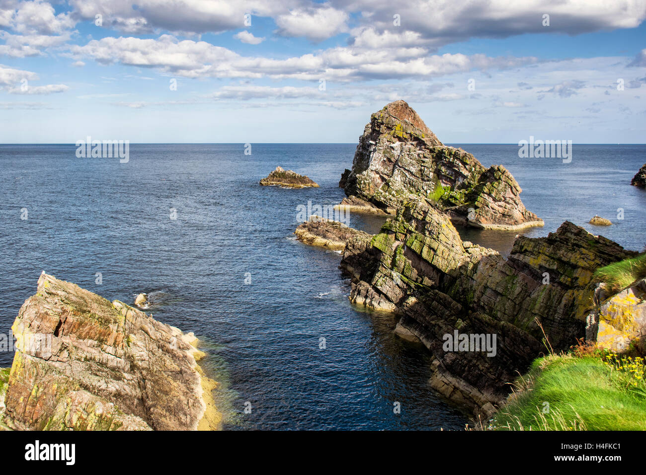 Bow fiddle rock in Scotland - Stock Image