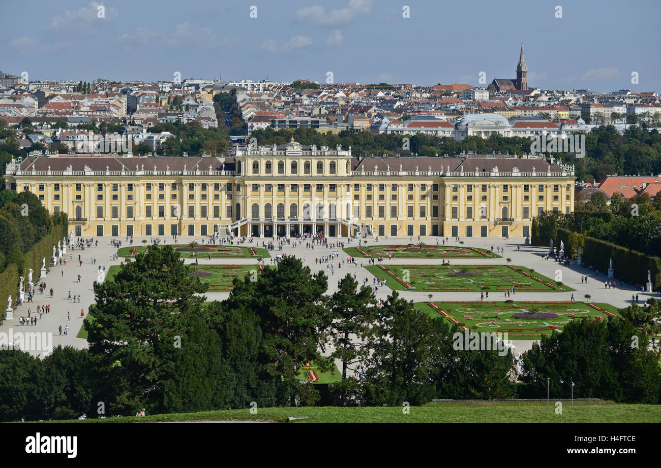 Schönbrunn Palace, Vienna, Austria.  Aerial view, with garden in the front and the city on the background - Stock Image