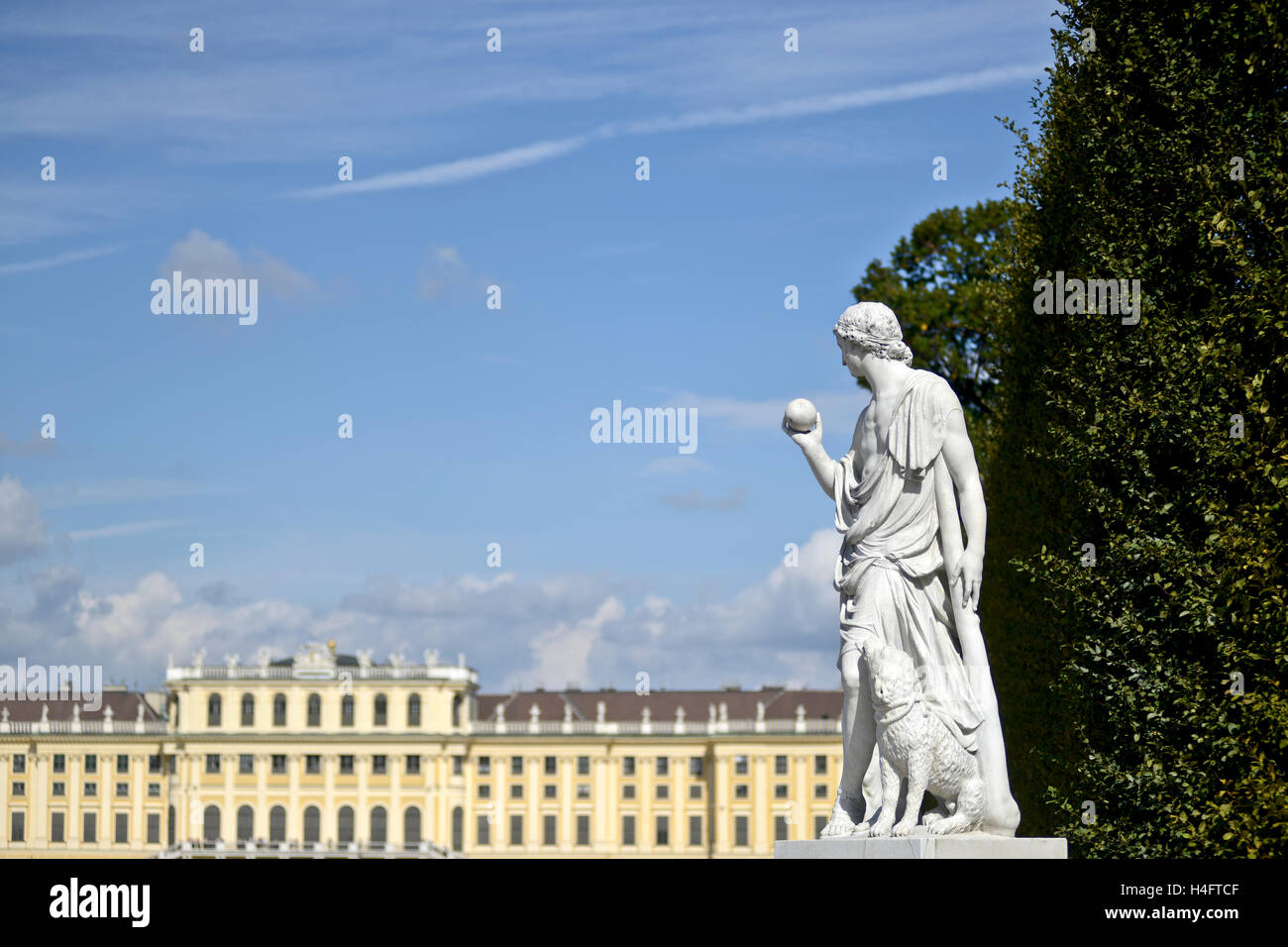 Sculpture at the Schönbrunn Palace garden. Vienna, Austria - Stock Image