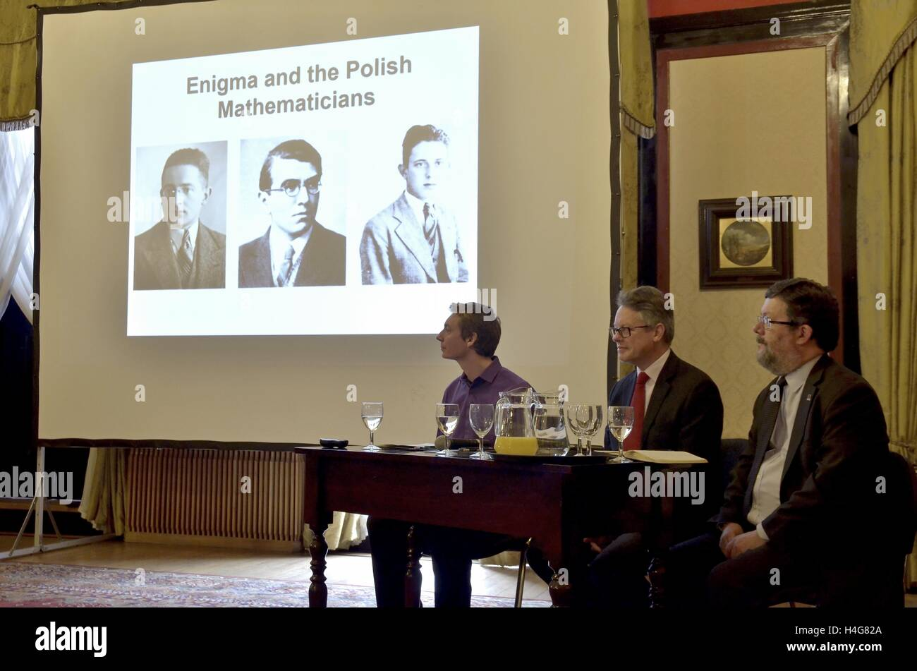 "London, UK. 15th Oct, 2016. ""Relay Enigma"" Conference in The Polish Embassy in London held a conference devoted Stock Photo"