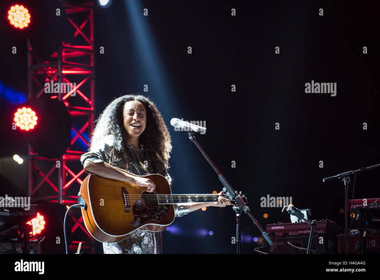 Shanghai, China. 15th October, 2016. Corinne Bailey Rae performing on the River Stage during the Jz Festival at - Stock Image