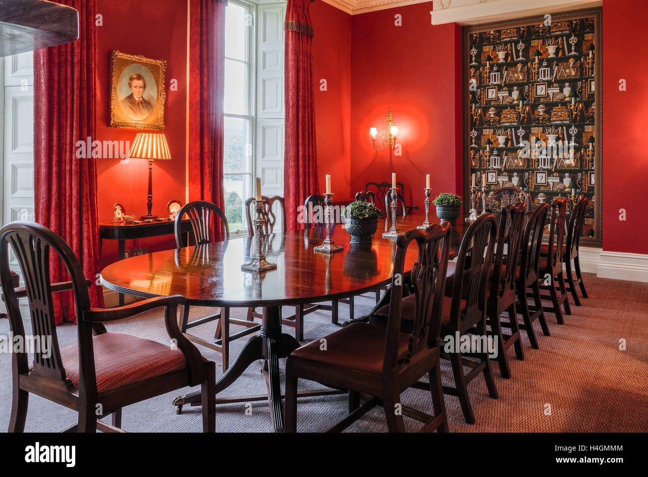 Delicieux Grand Dining Room In An English Country Manor House