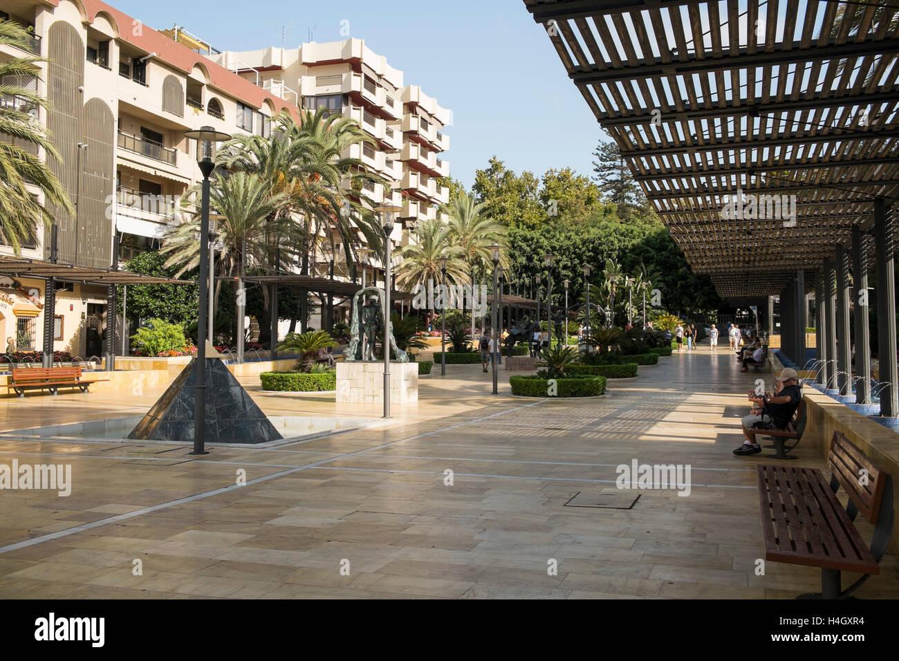 Avenida del Mar, Marbella, Costa del Sol, Málaga province, Andalusia, Spain - Stock Image