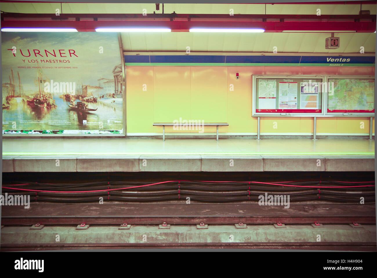 Empty subway platform between trains in Madrid,Spain - Stock Image