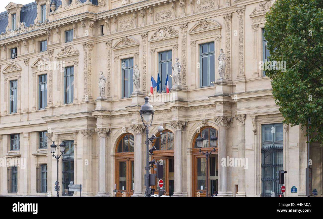 PARIS - SEPT 17, 2014: Facade of the Court Registrar of the Commercial Court, Paris, France. - Stock Image
