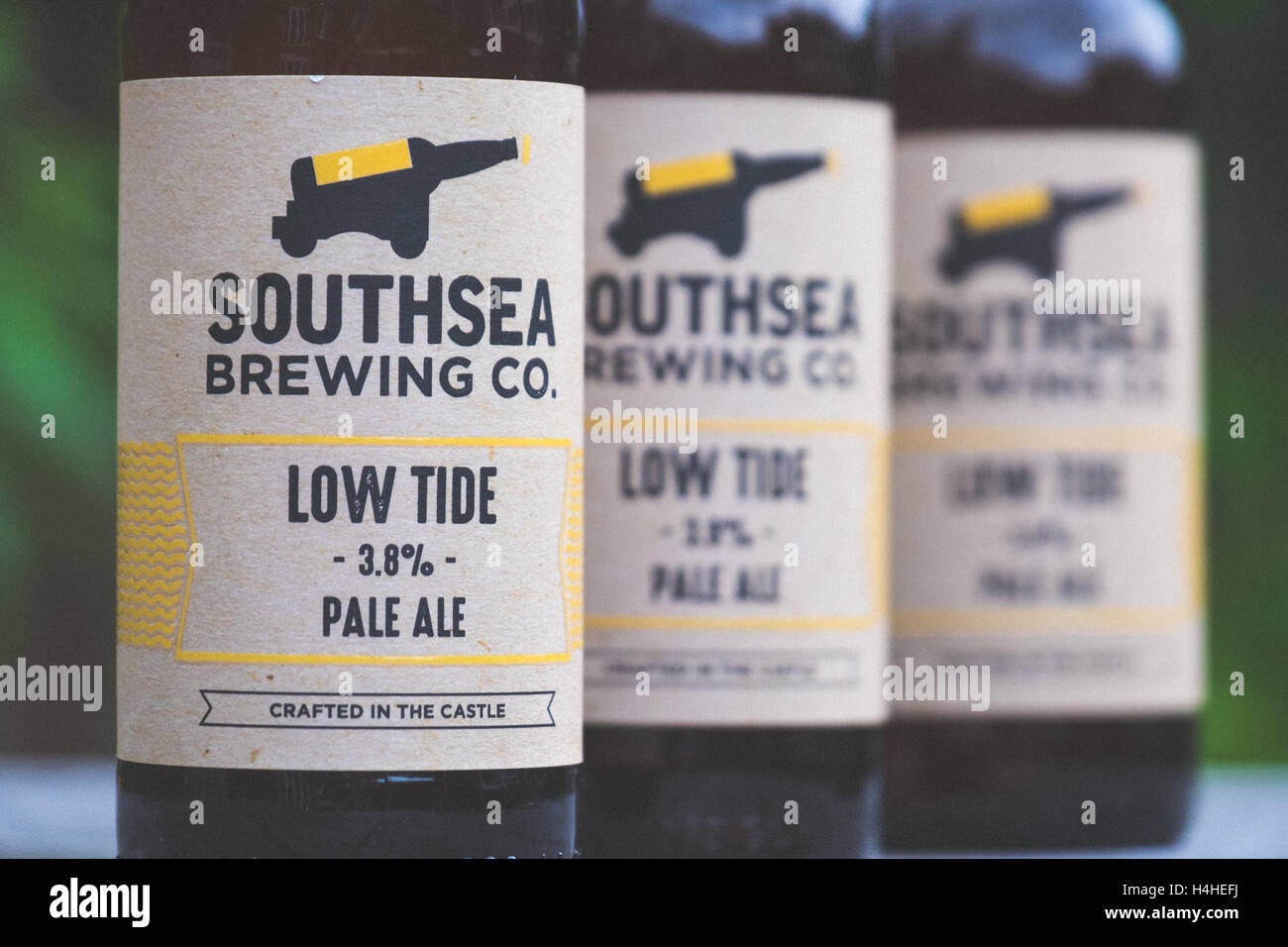 Low Tide Pale Ale, brewed by Southsea Brewing Co. which is an artisan brewery located in an old ammunition storage - Stock Image