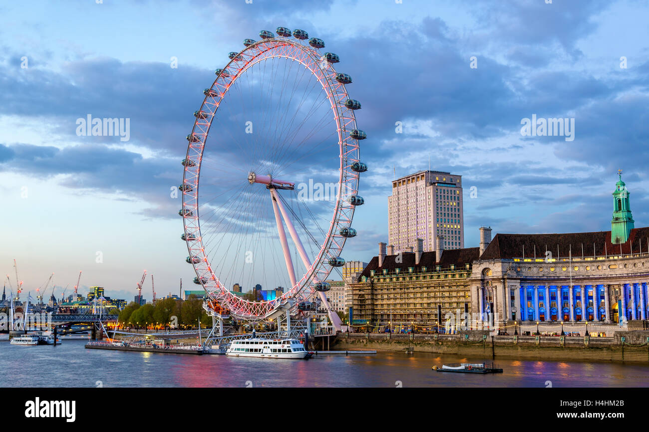 View of the London Eye, a Ferris wheel - England - Stock Image