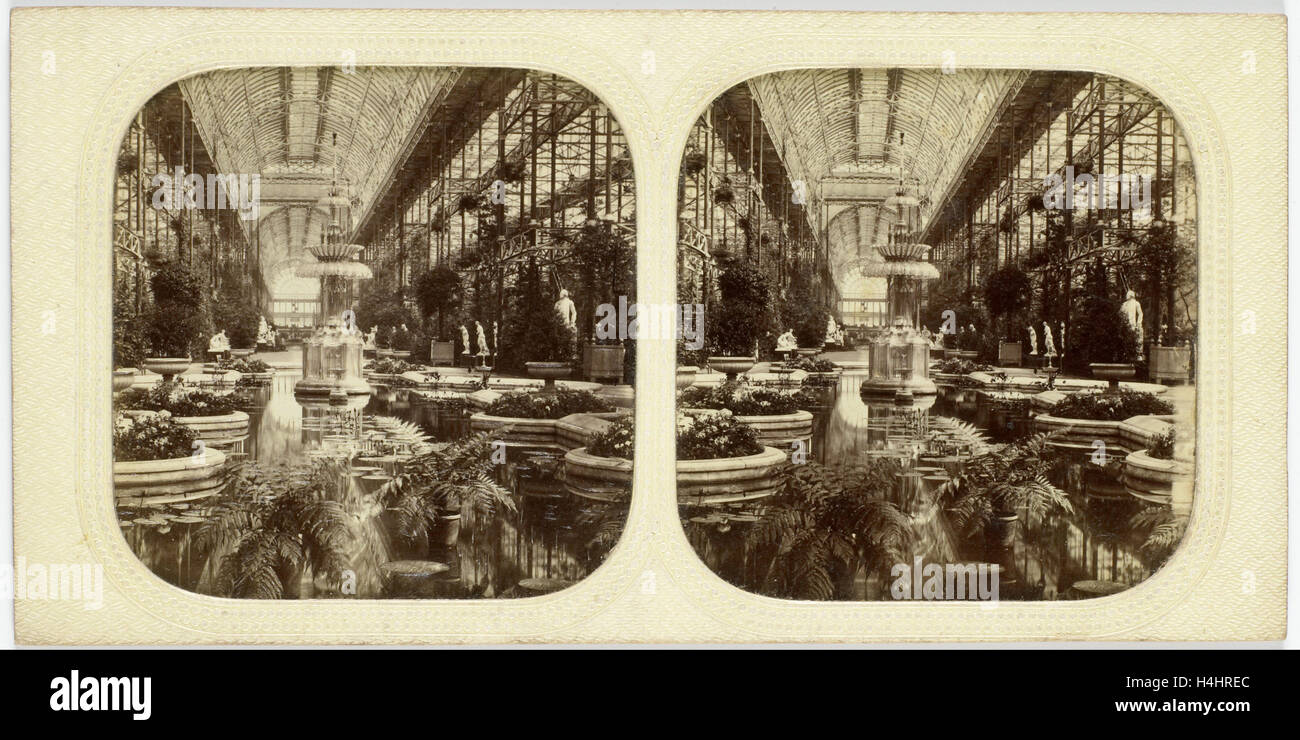 Engeland, Londen, Crystal Palace, Sydenham UK, attributed to The London Stereoscopic Company, 1854 - 1859 - Stock Image