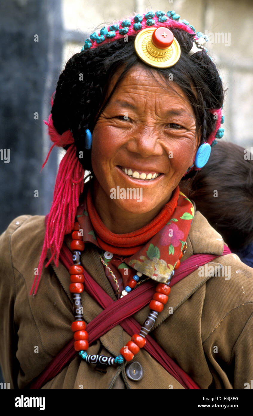 woman in gyantse, tibet - Stock Image