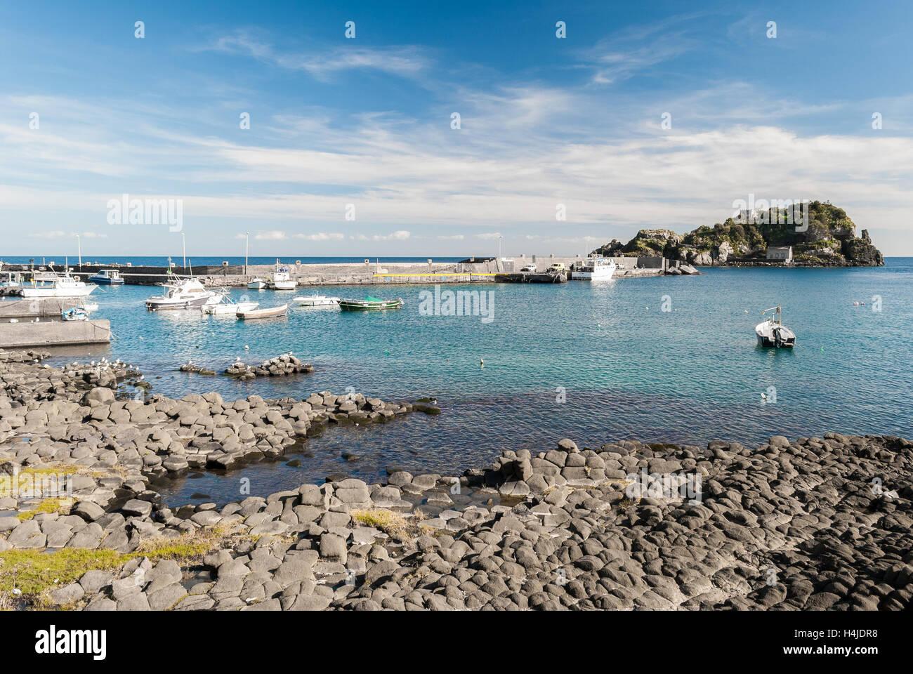 Columnar basalts in the coastline of Acitrezza, in Sicily - Stock Image