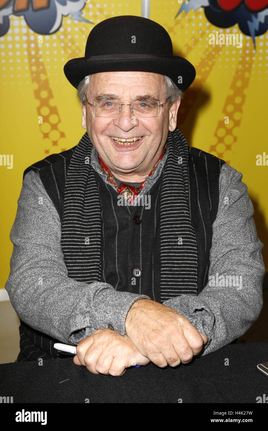 Sylvester McCoy attends the German Comic Con 2016 at Messe Berlin on October 15, 2016 in Berlin, Germany. | Verwendung - Stock Image