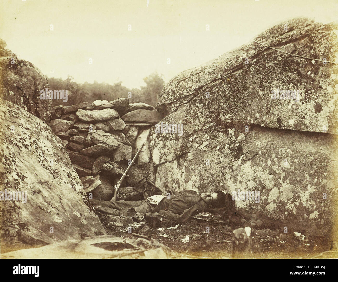 Corpse of a sniper of the southern armies, Alexander Gardner, 1863 - Stock Image