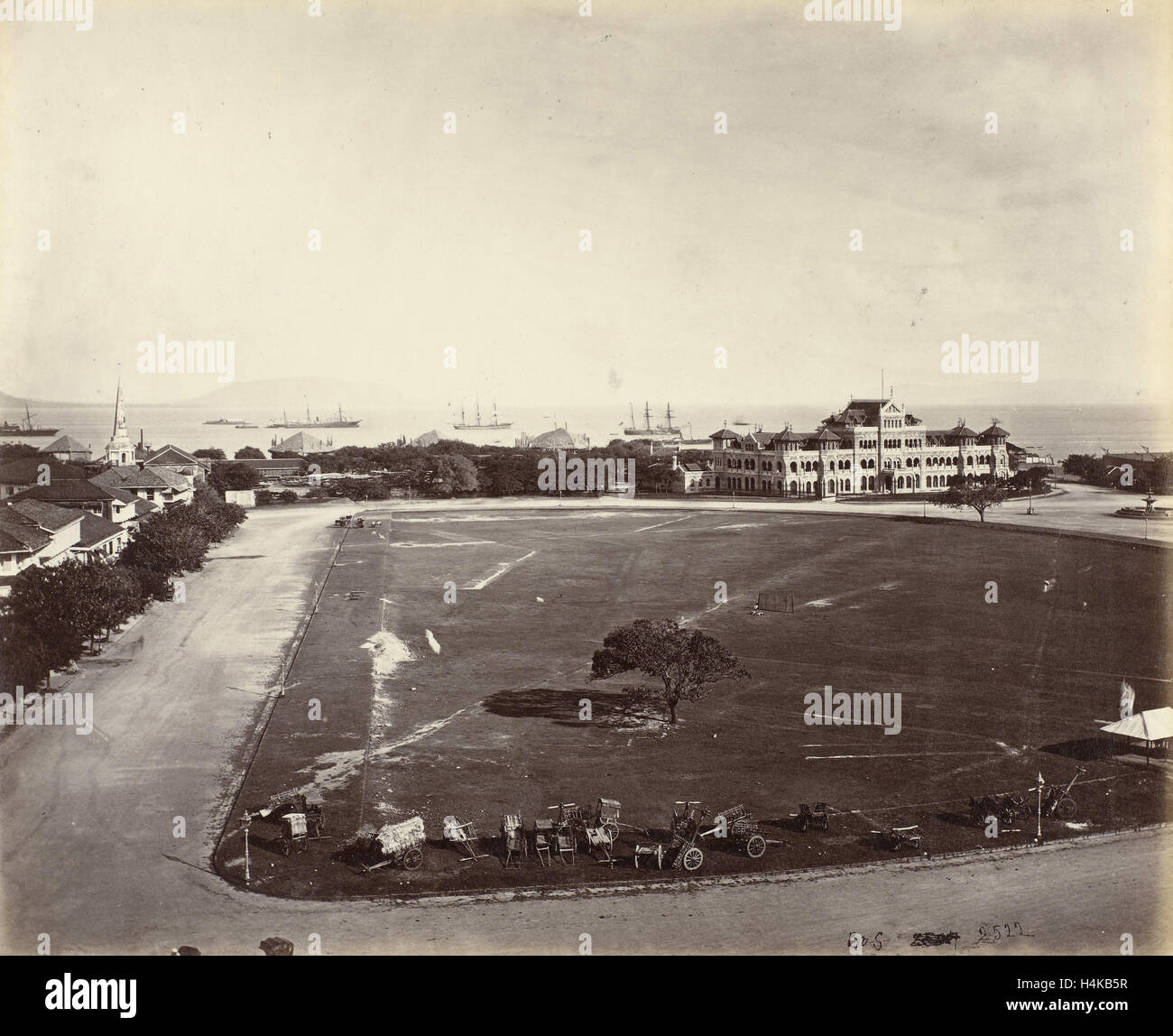 Sea from Watson's Hotel in Bombay, India, Samuel Bourne, 1862 - 1874 - Stock Image