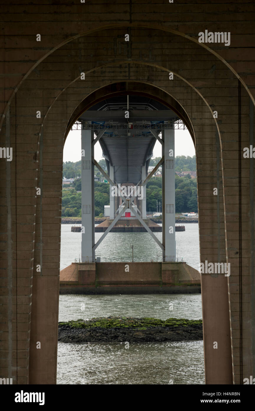The Forth Road Bridge, North Queensferry, Fife, Scotland. - Stock Image