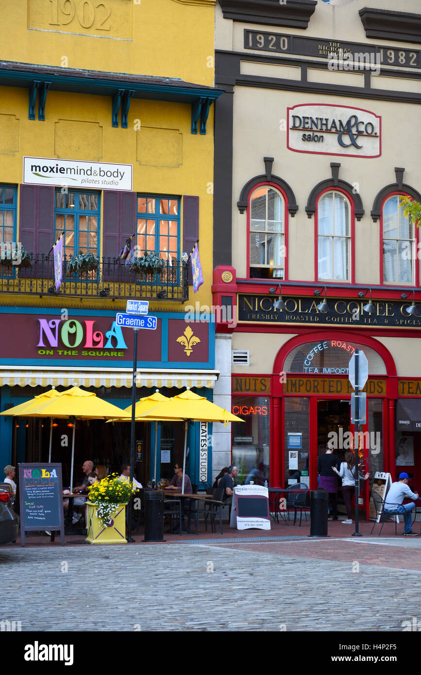 USA Pittsburgh PA Pennsylvania Market Square in the city dining and restaurants around the park Nola - Stock Image
