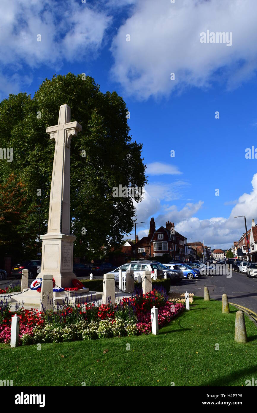 War memorial and view down Marlow high street, Buckinghamshire Stock Photo