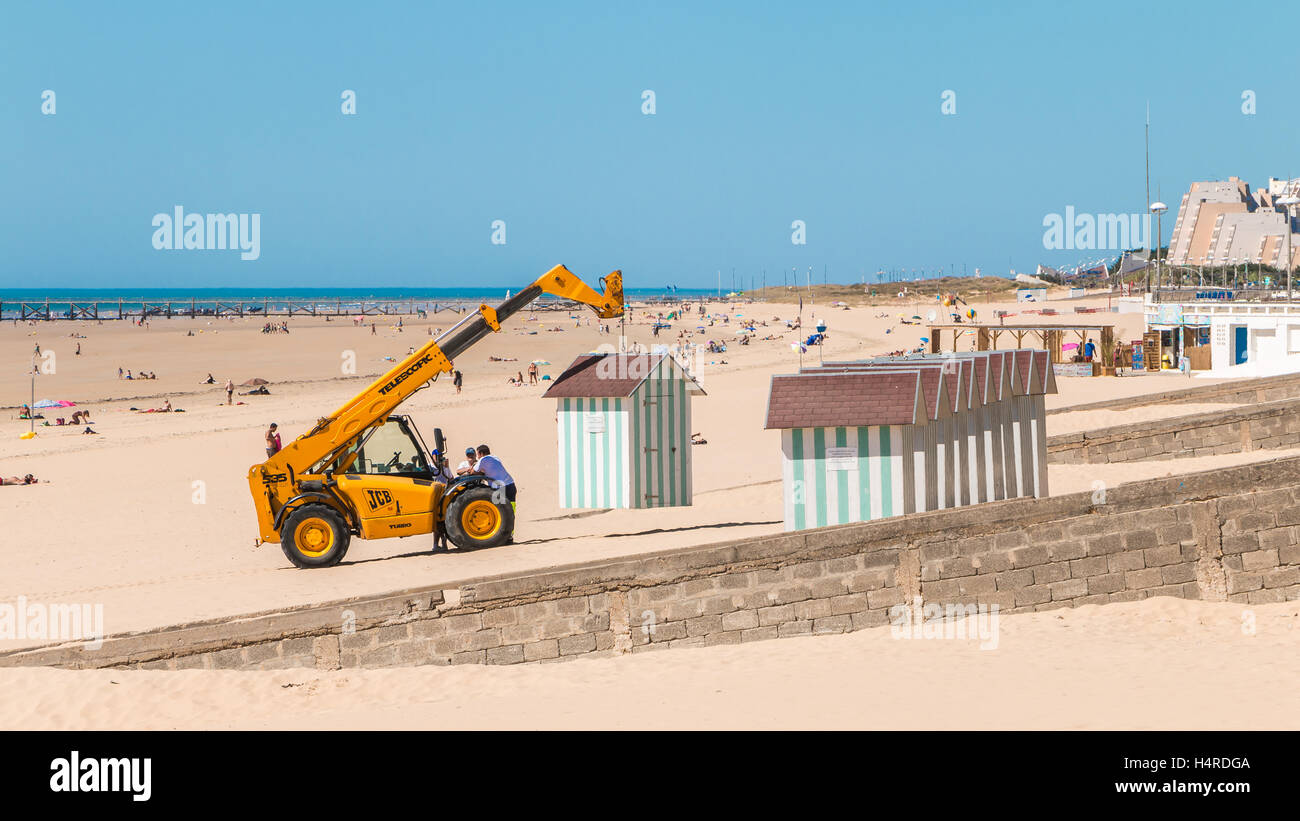 Saint Jean de Monts , France - September 7, 2016 : Dismantling beach huts at the end of the summer season by the - Stock Image