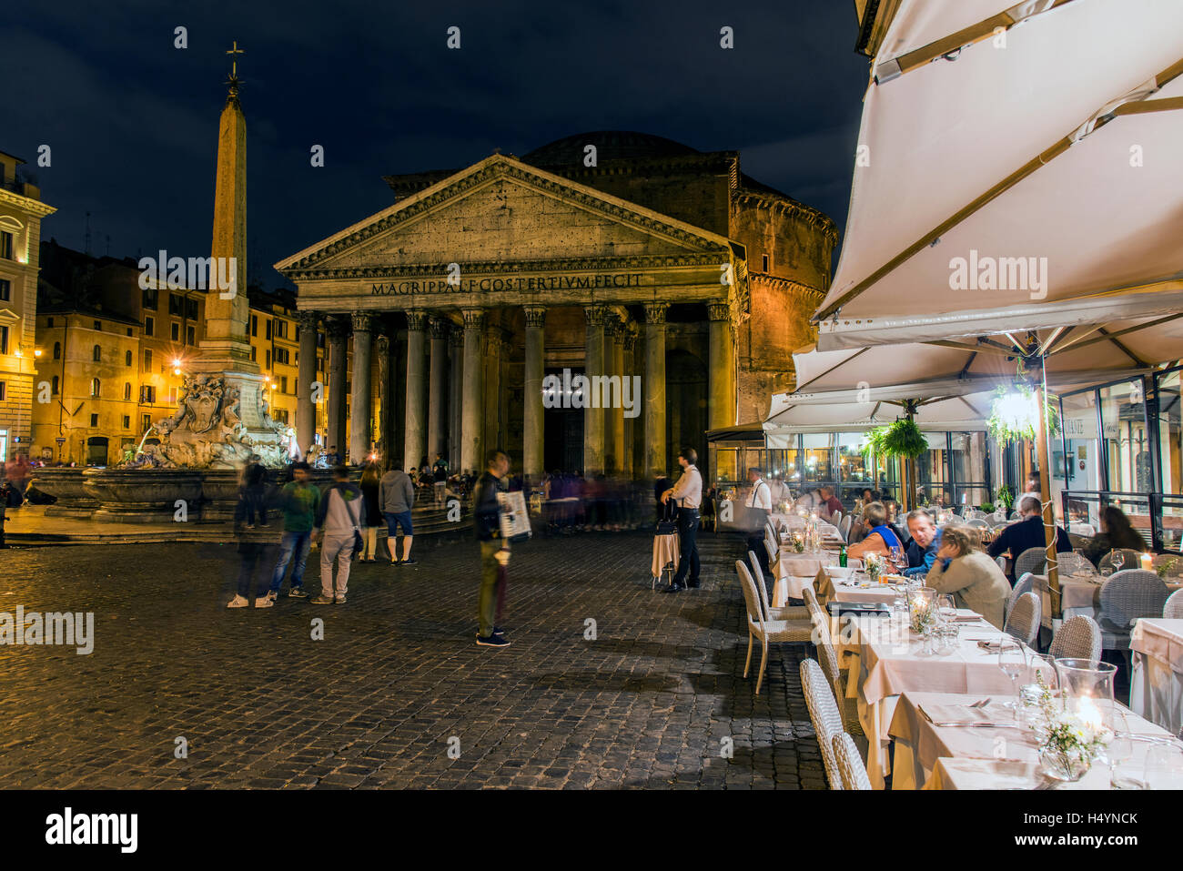 Night View Of An Outdoor Bar Restaurant At Piazza Della