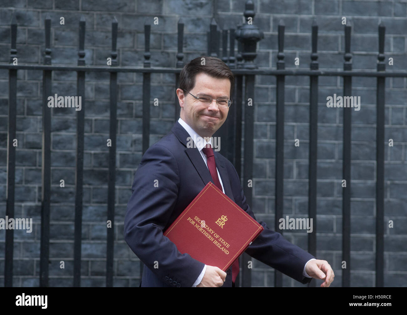 James Brokenshire,secretary of State for Northern Ireland,arrives at 10 Downing Street,for a Cabinet meeting - Stock Image