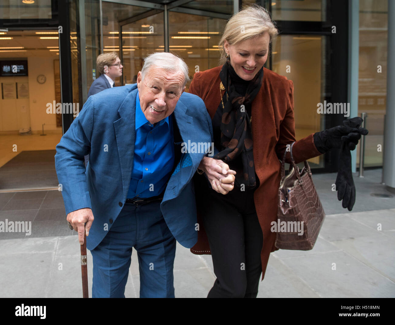 High Court Fetter Lane Pic Shows Sir Terence Conran And His Wife