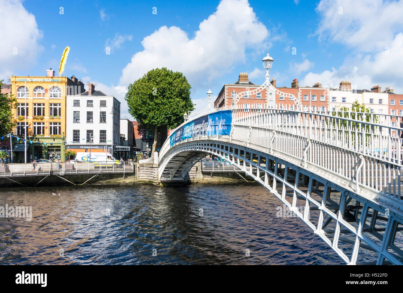 Ha'penny or Halfpenny Bridge over River Liffey Dublin Ireland Europe EU - Stock Image