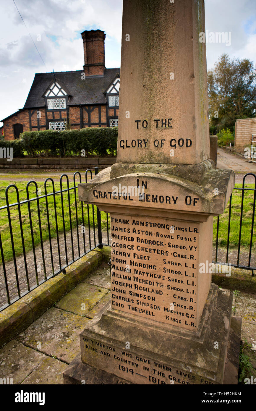 UK, England, Cheshire, Tiverton, Huxley Lane, village War Memorial - Stock Image