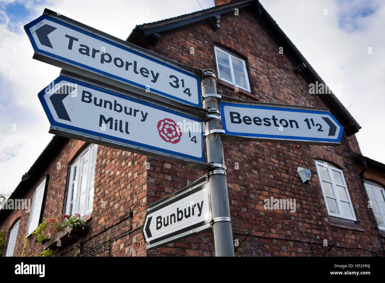 UK, England, Cheshire, Bunbury, Vicarage Lane, road