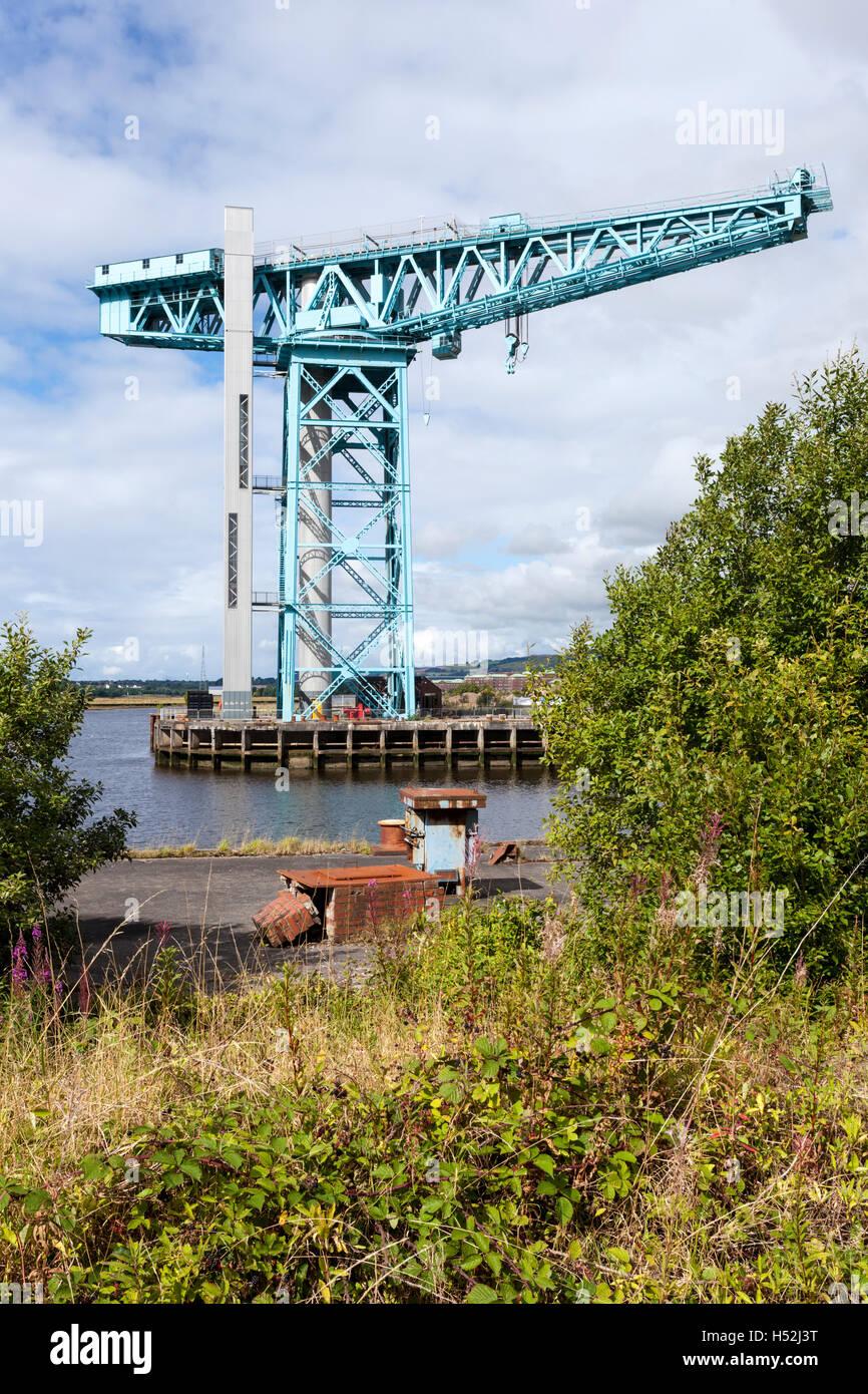 The Titan Crane beside the River Clyde at Clydebank, Glasgow, Scotland UK - 150 foot high cantilever crane built - Stock Image