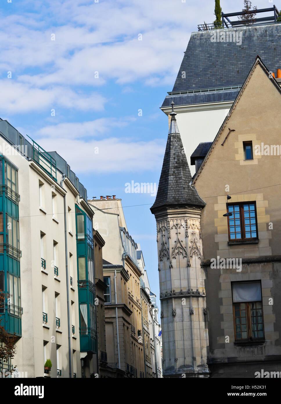Parisian architecture in the Marais, Paris, France - Stock Image