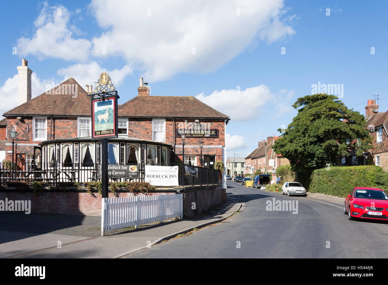 The Roebuck Inn, West Street, Harrietsham, Kent, England, United Kingdom - Stock Image