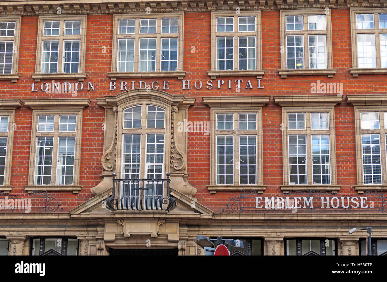 London Bridge Hospital, Emblem House, Southwark, 27 Tooley St, London SE1 2PR - Stock Image