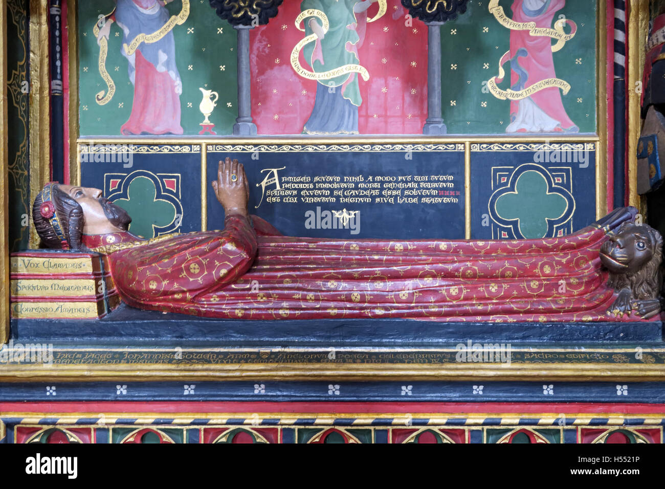 Tomb of John Gower,Southwark cathedral,London,England,UK - Detail of statue - Stock Image