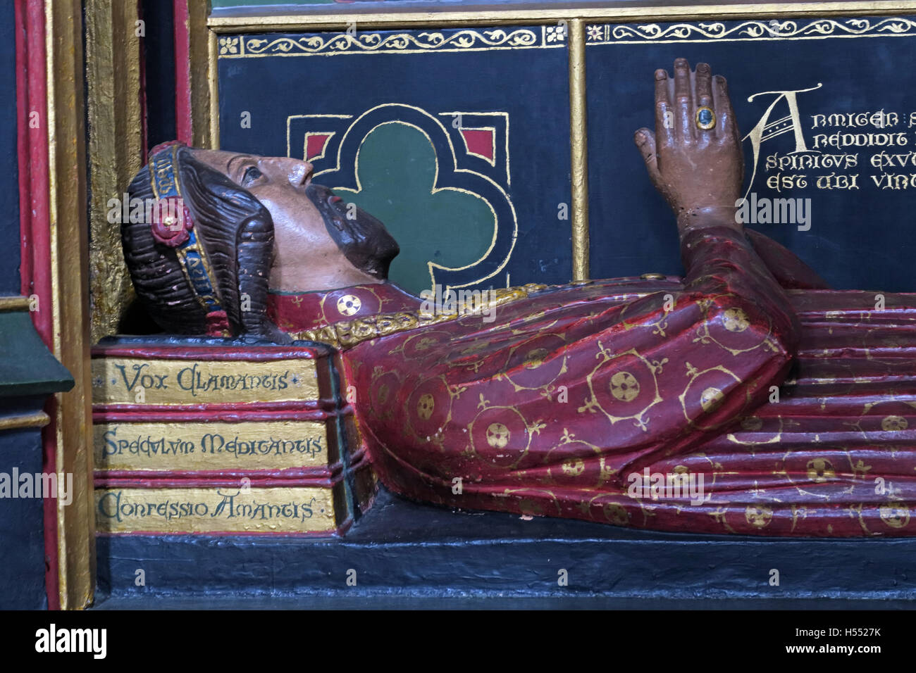 Tomb of John Gower,Southwark cathedral,London,England,UK - Head detail with books - Stock Image