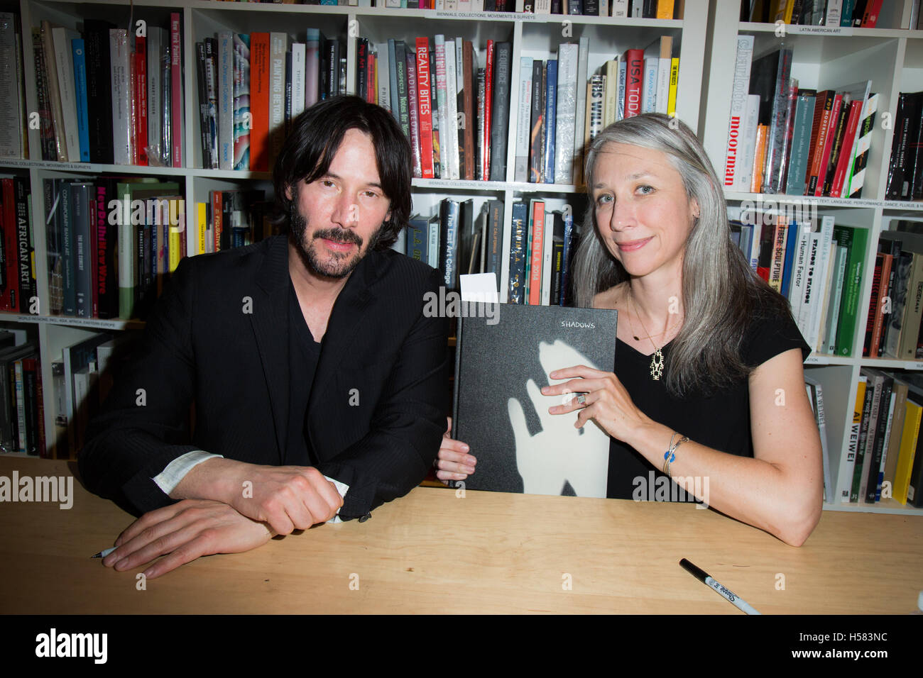 Keanu Reeves and Alexandra Grant attend Alexandra Grant ...