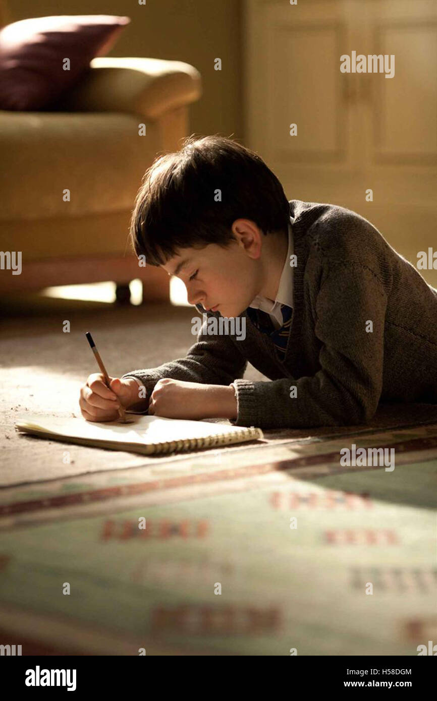 A MONSTER CALLS (2016)  LEWIS MACDOUGALL  J A BAYONA (DIR)  MOVIESTORE COLLECTION LTD - Stock Image
