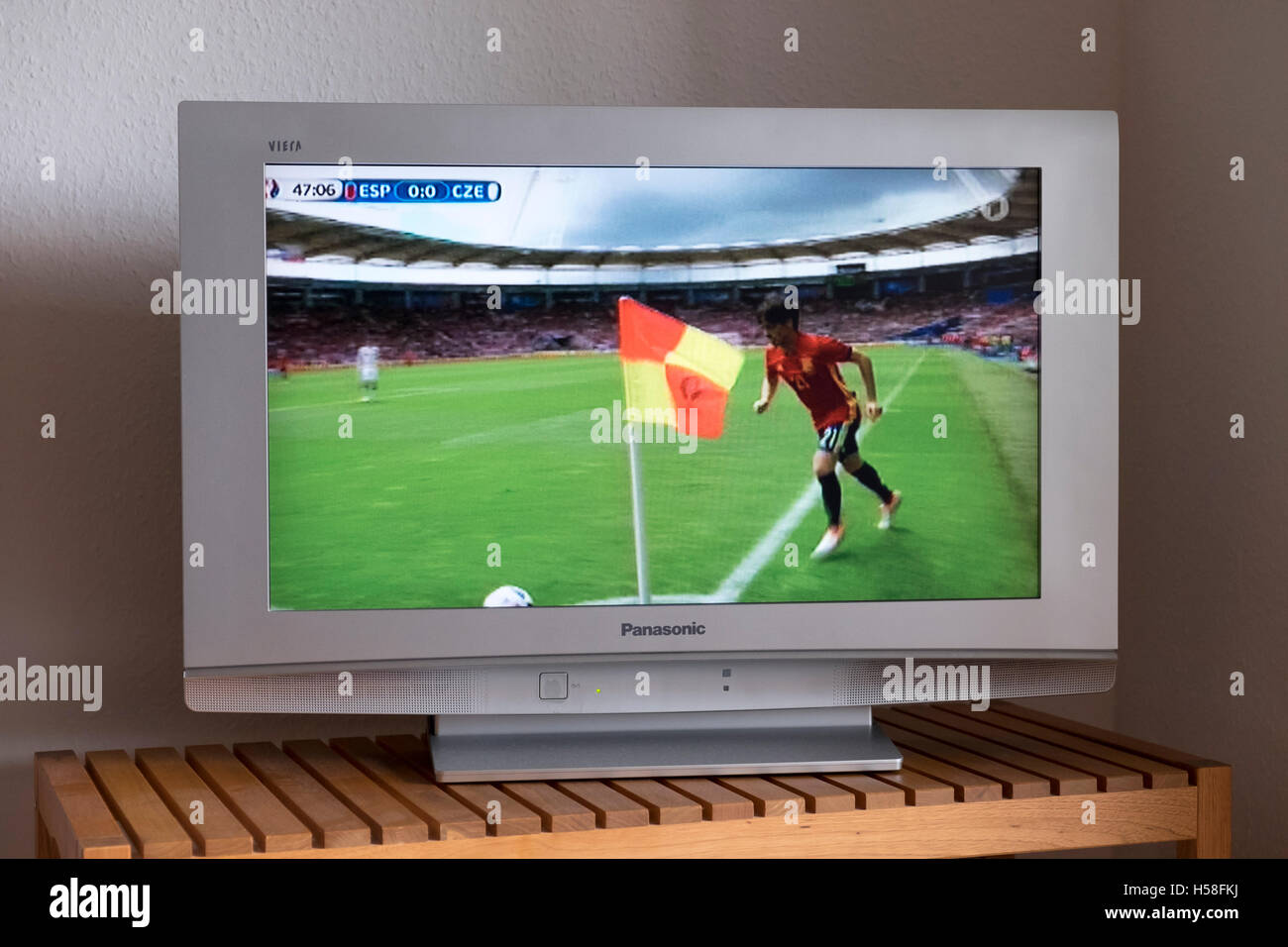 David Silva taking a corner kick for Spain in the Euro 2016 competition shown live on German television 1 - Stock Image