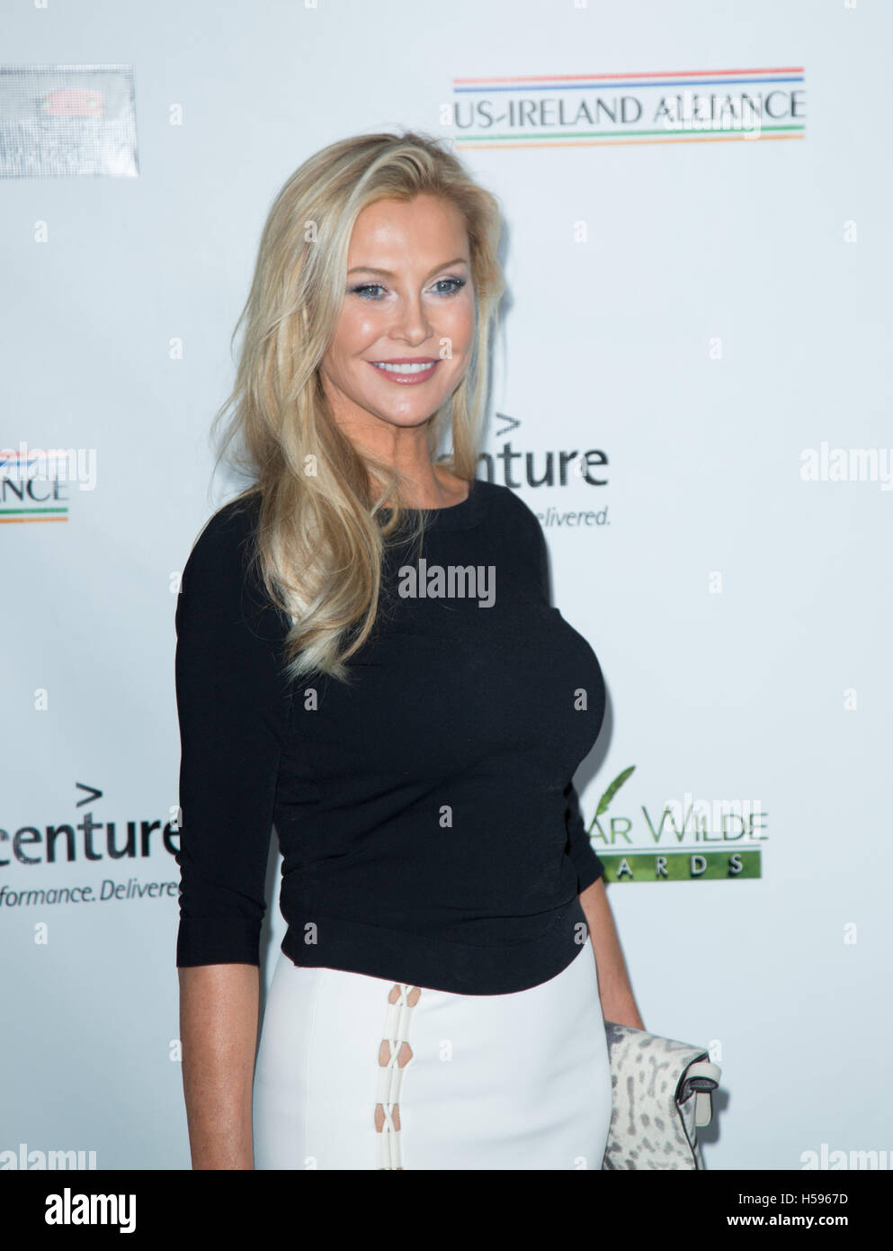 100 Pictures of Alison Doody Photos