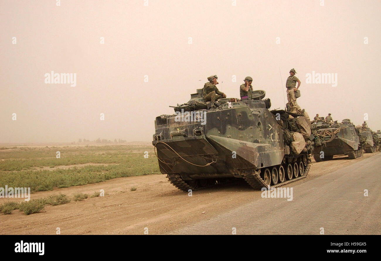 26th April 2003 A column of amphibious assault vehicles of the U.S. Marines Corps near Diwaniyah in southern Iraq. Stock Photo