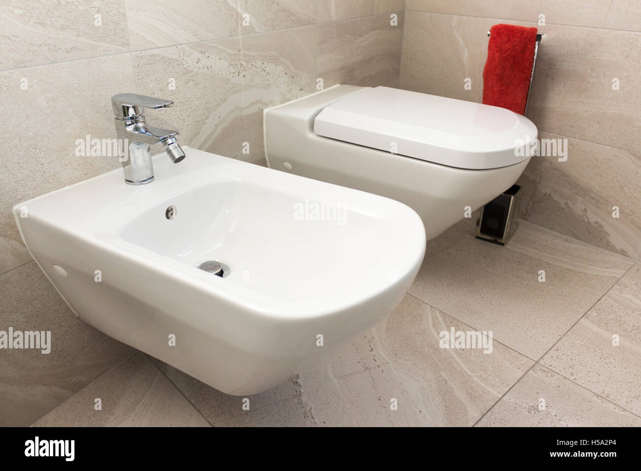 Modern Wc Bidet Bath Stock Photos & Modern Wc Bidet Bath Stock ...