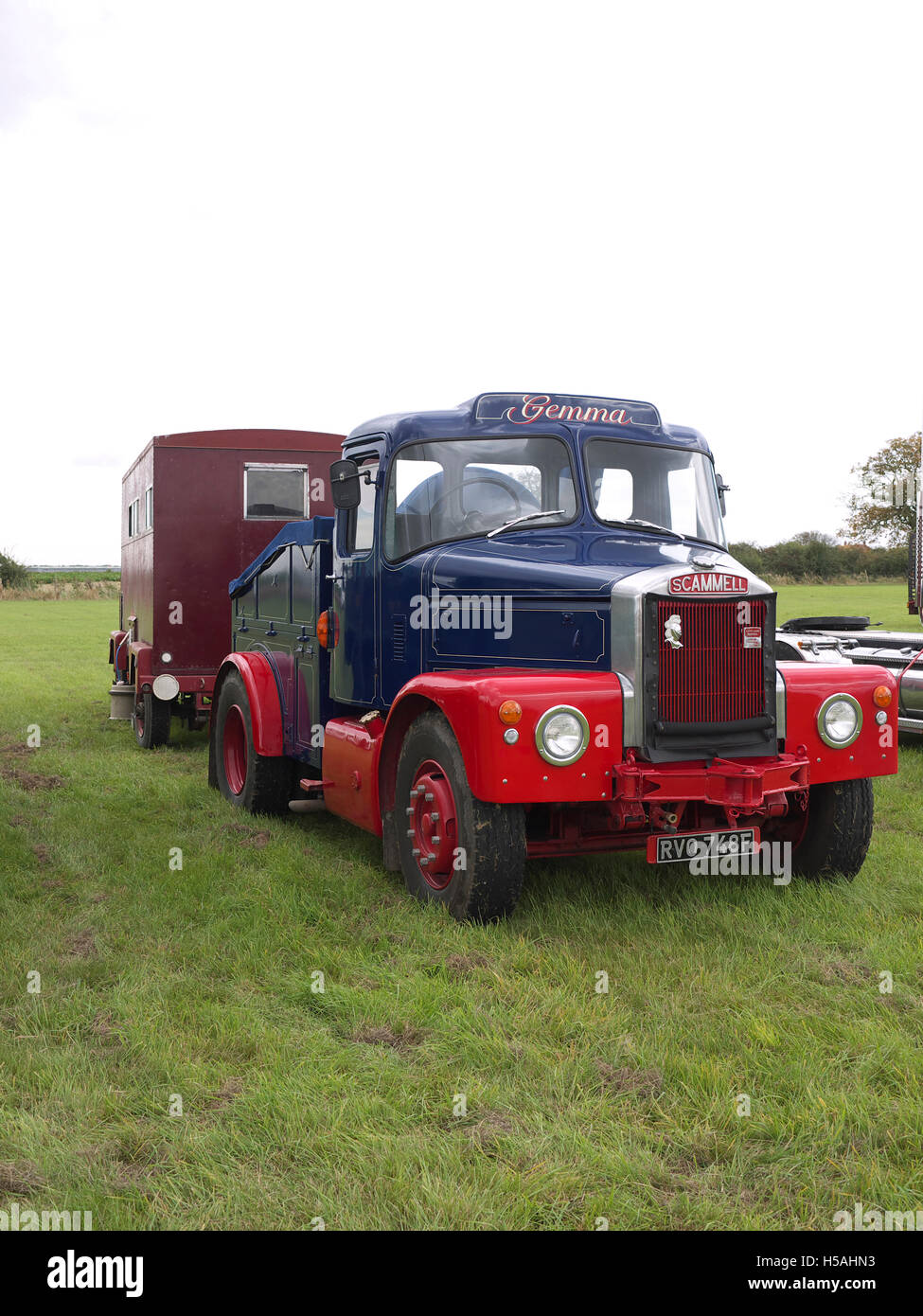 Scammell truck (Gemma) and living van on display at Lineside vintage weekend - Stock Image