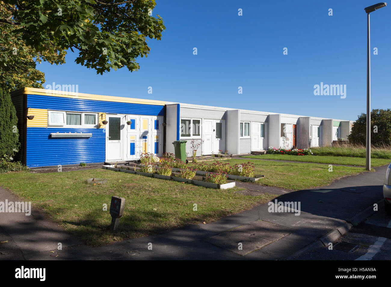 Built between 1972 and 1977, Netherfield was one of the first rental housing grid squares in Milton Keynes to be Stock Photo