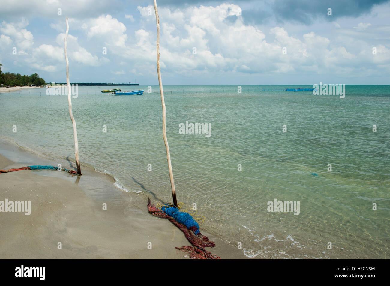 Boats on Casuarina beach, Karainagar, Jaffna Peninsula, Sri Lanka - Stock Image