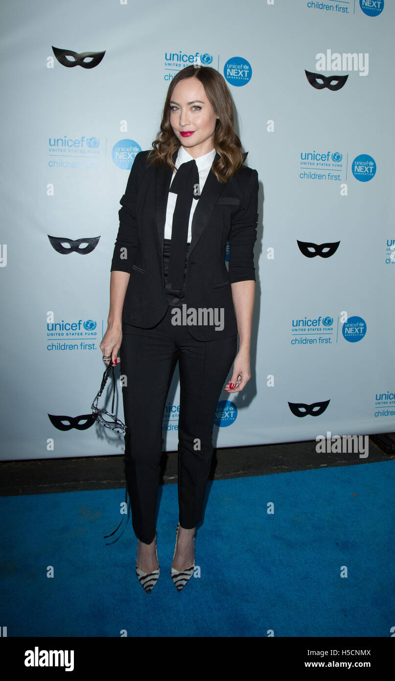 Courtney Ford attends UNICEF Black & White Masquerade Ball at ...