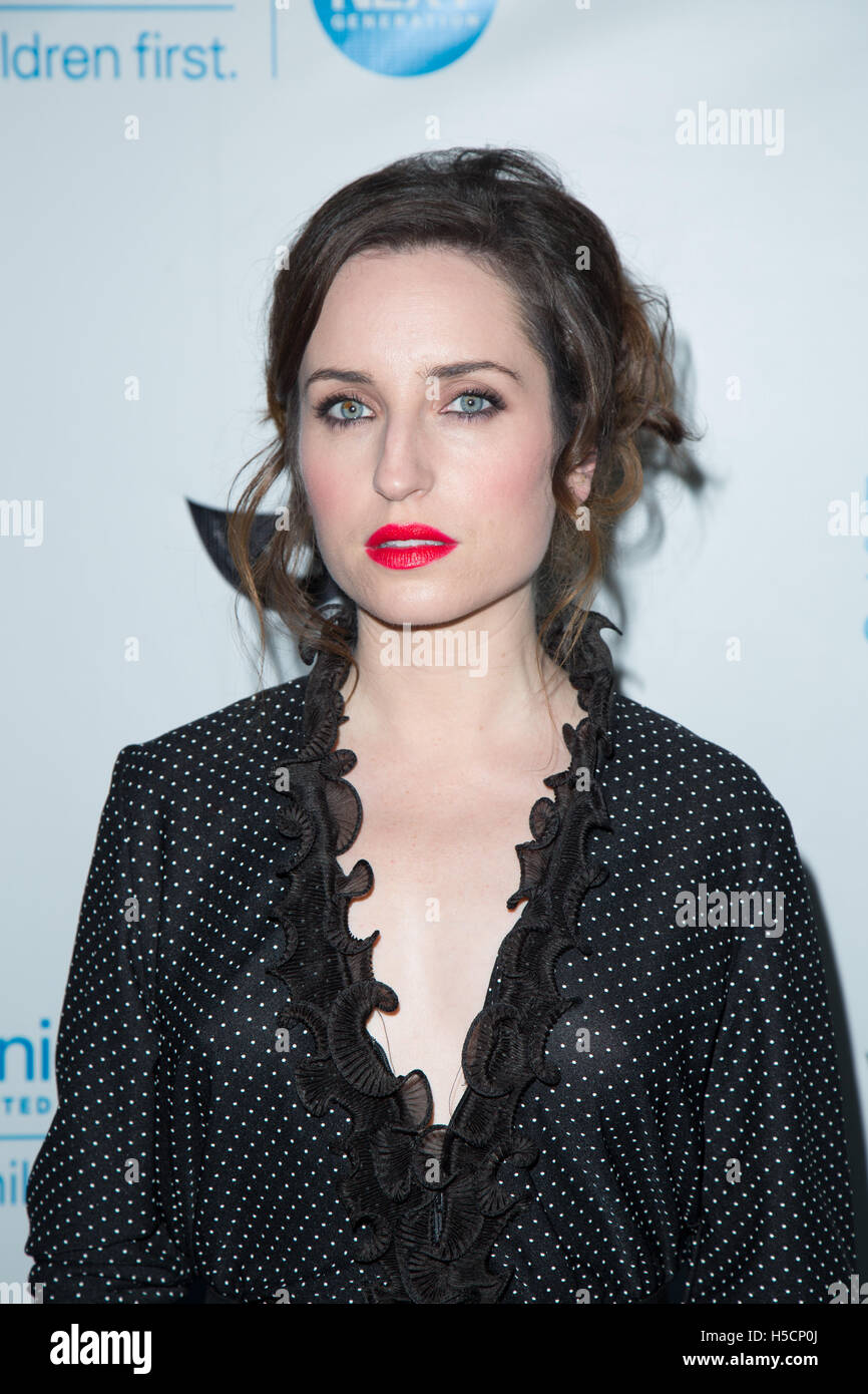 zoe lister jones the craft