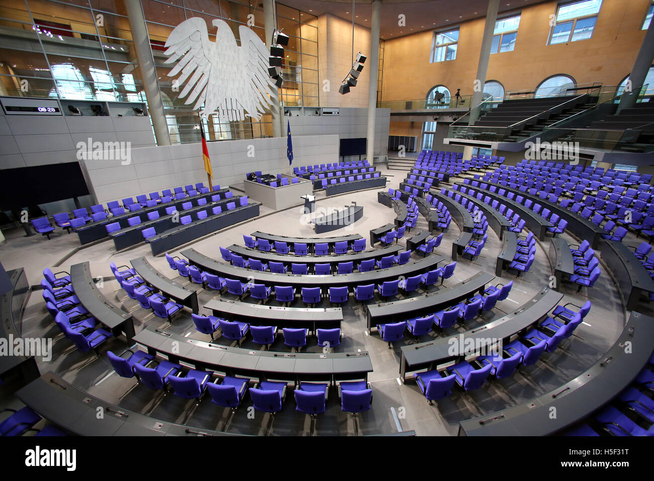 Berlin, Germany. 20th Oct, 2016. The plenary hall of the German Bundestag parliament prior to its 196th session Stock Photo
