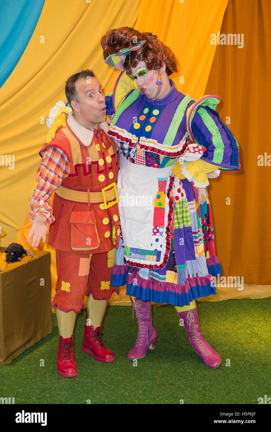 Kev Orkian Idle Jack Kevin Brewis Sarah The Cook Press Call For This Years Purrr Fect Family Pantomime Dick Whittington At Milton Keynes Theatre