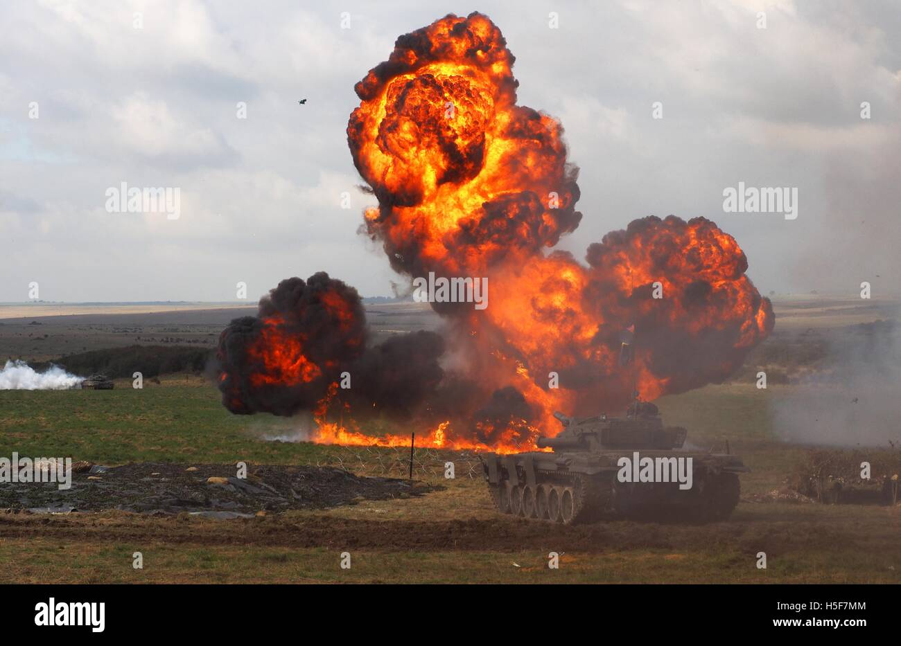 Salisbury, Wiltshire, UK. 20th October, 2016. British Army calls in 'Hollywood' special effects company - Stock Image