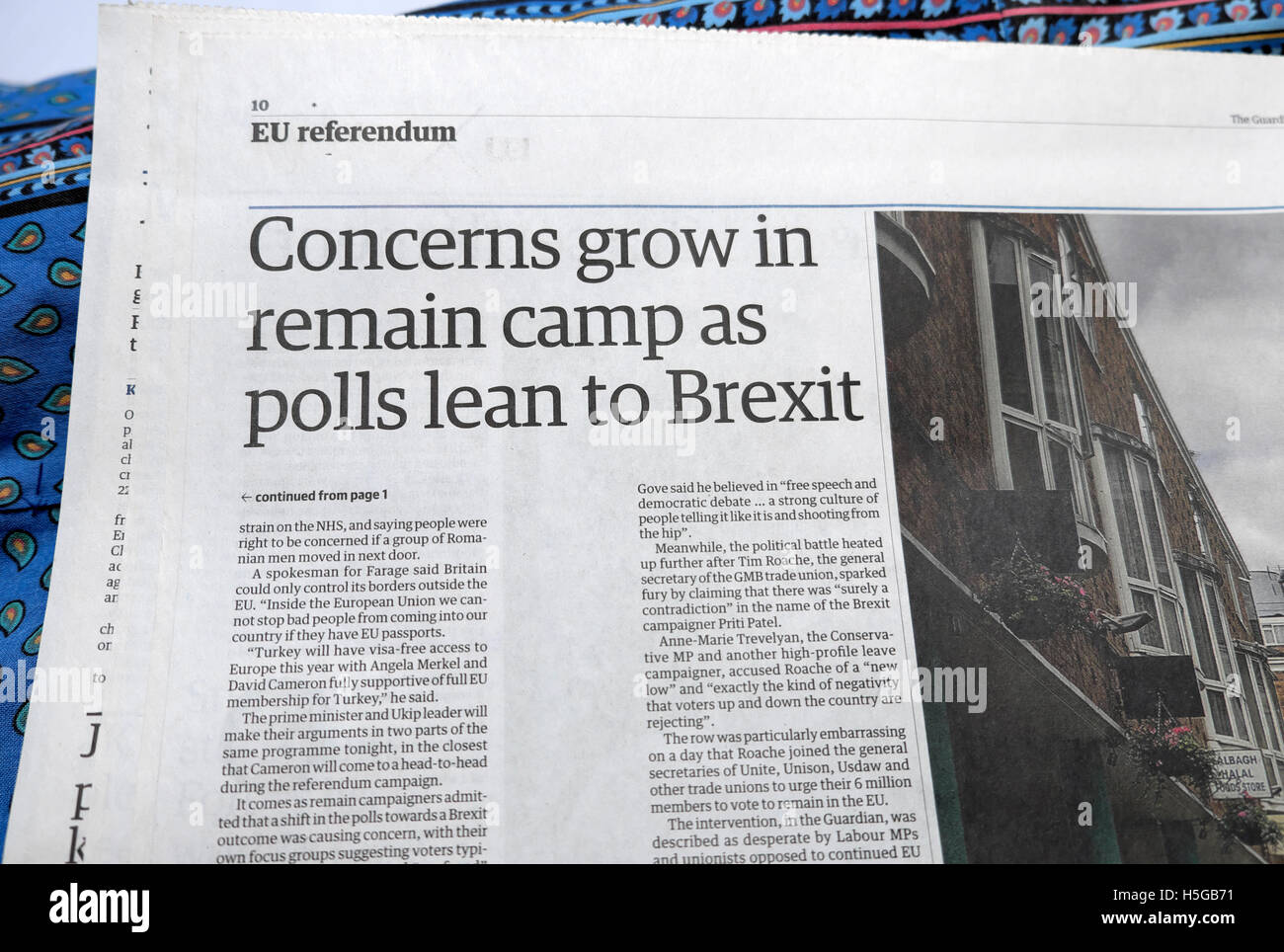'Concerns grow in remain camp as polls lean to Brexit'  Guardian newspaper article EU referendum Great Britain - Stock Image