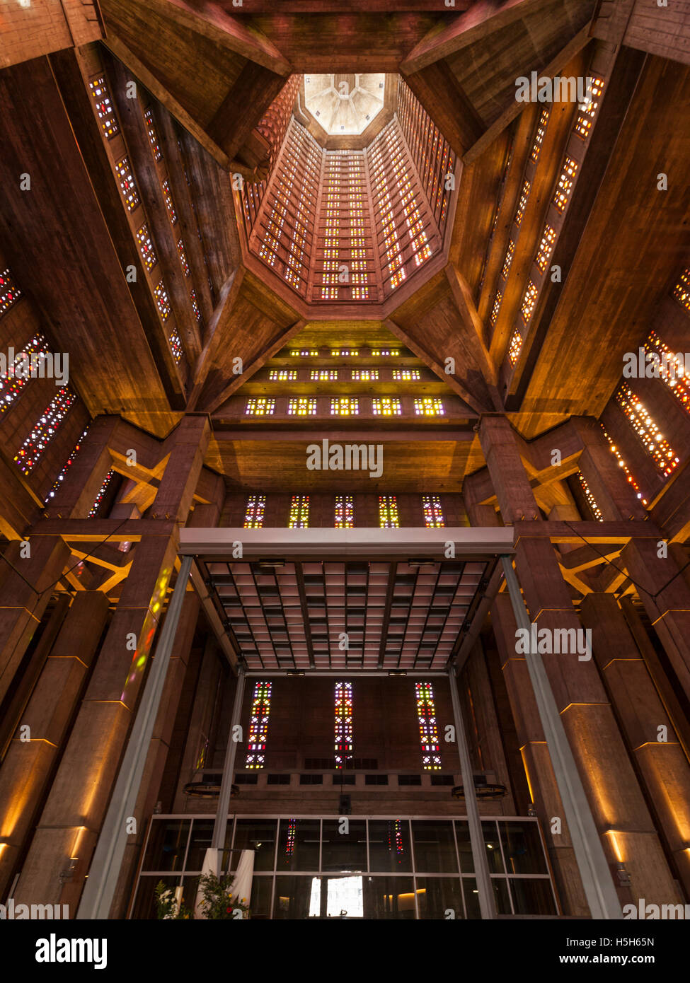Interior view of  the Church of Saint Joseph, Le Havre, France - Stock Image